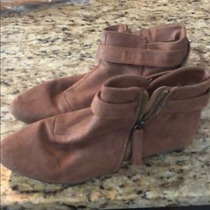 Tan bootie shoes